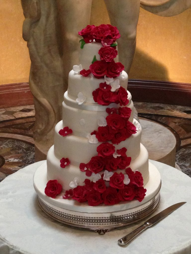 Wedding Cakes for Woburn Sculpture Gallery