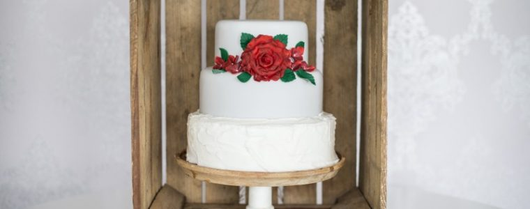 create Luxury Wedding Cakes Hertfordshire, Bedfordshire, Buckinghamshire, London
