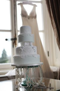Lace Luxury Wedding Cakes Hertfordshire, Bedfordshire, Buckinghamshire, London