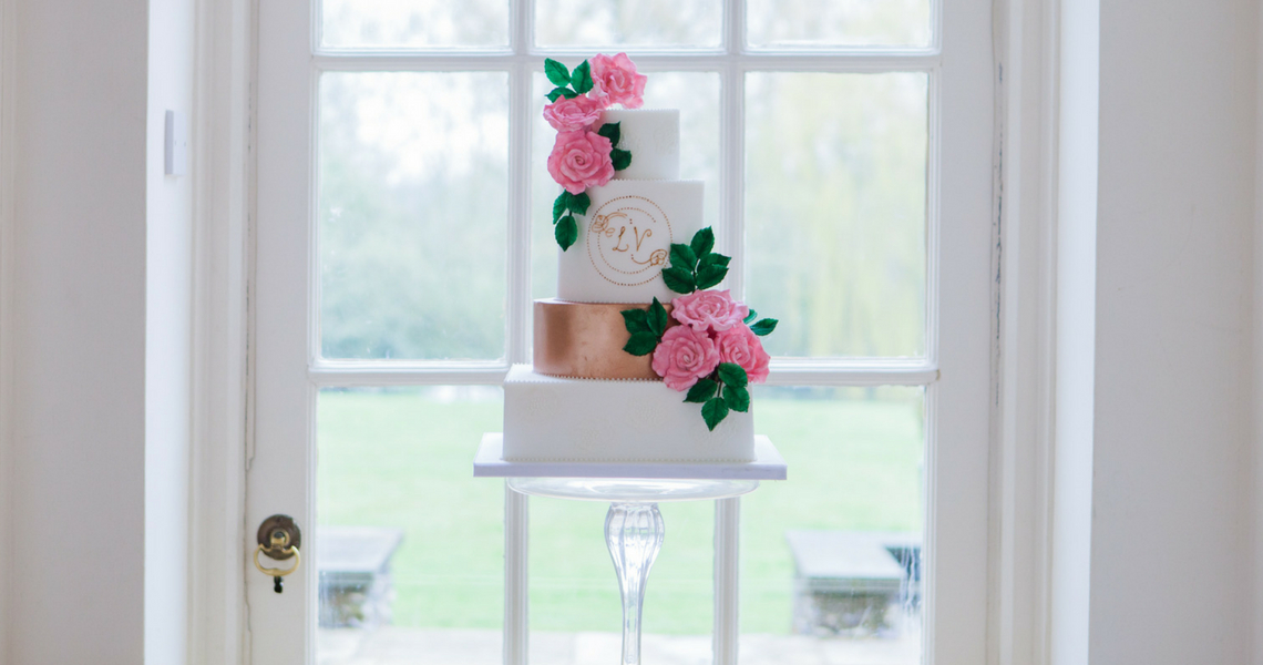 Bedfordshire Wedding Cakes