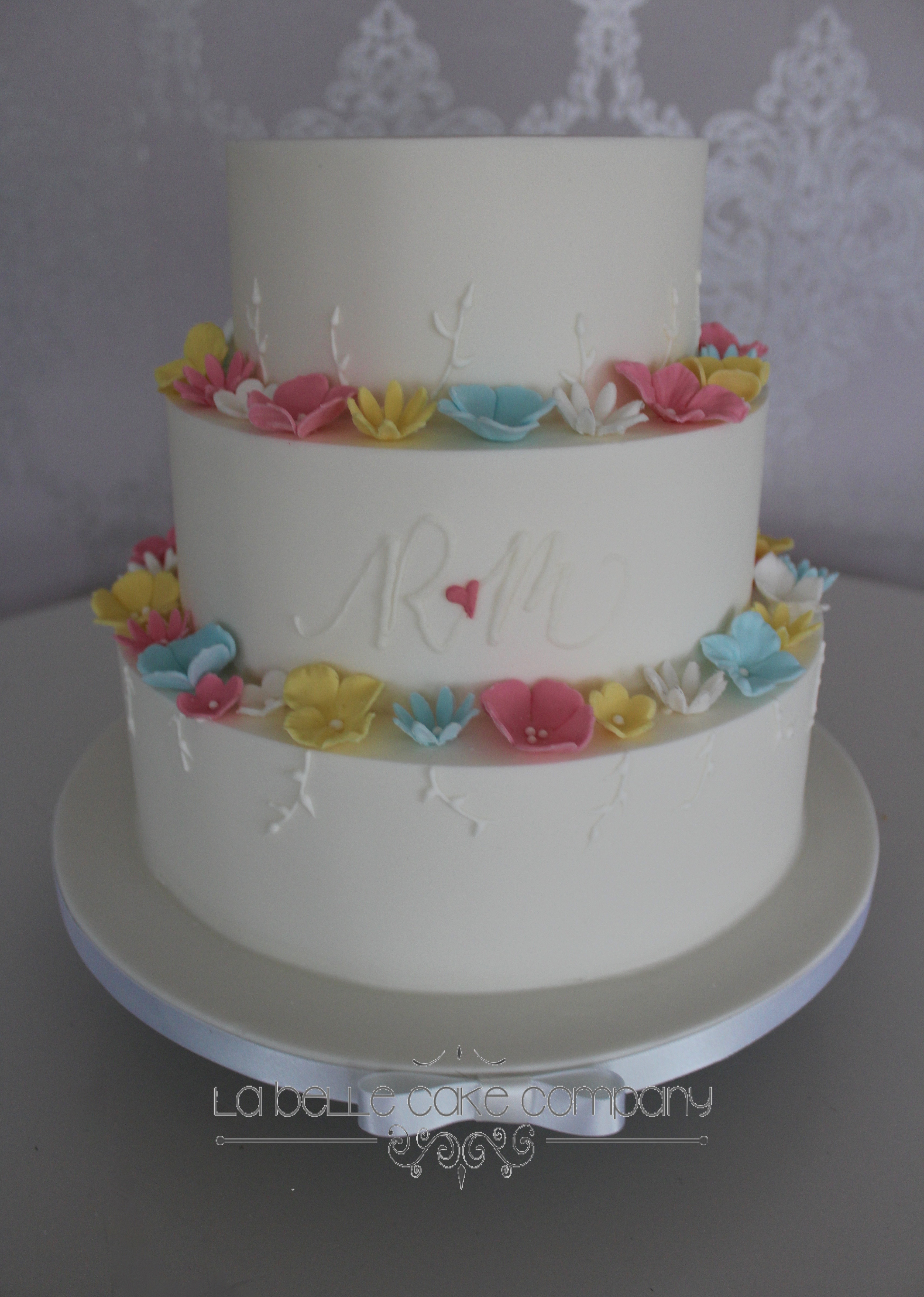 Luxury Wedding Cakes London Hertfordshire Bedfordshire