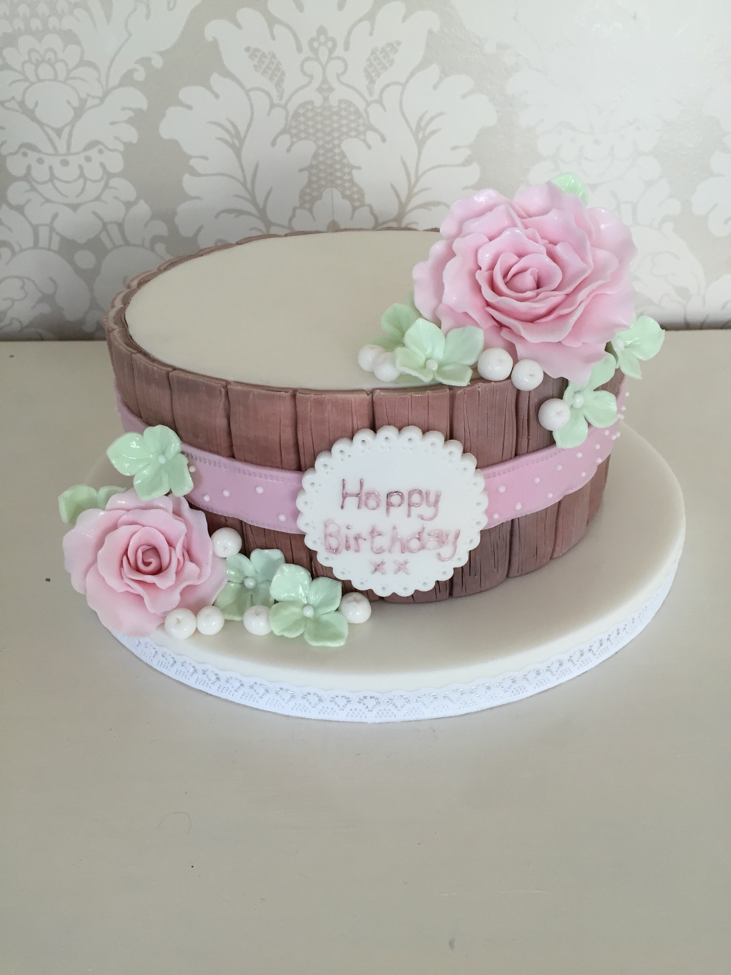 One Tier Floral And Wood Female Birthday Cakes Bedfordshire Hertfordshire London Buckinghamshire
