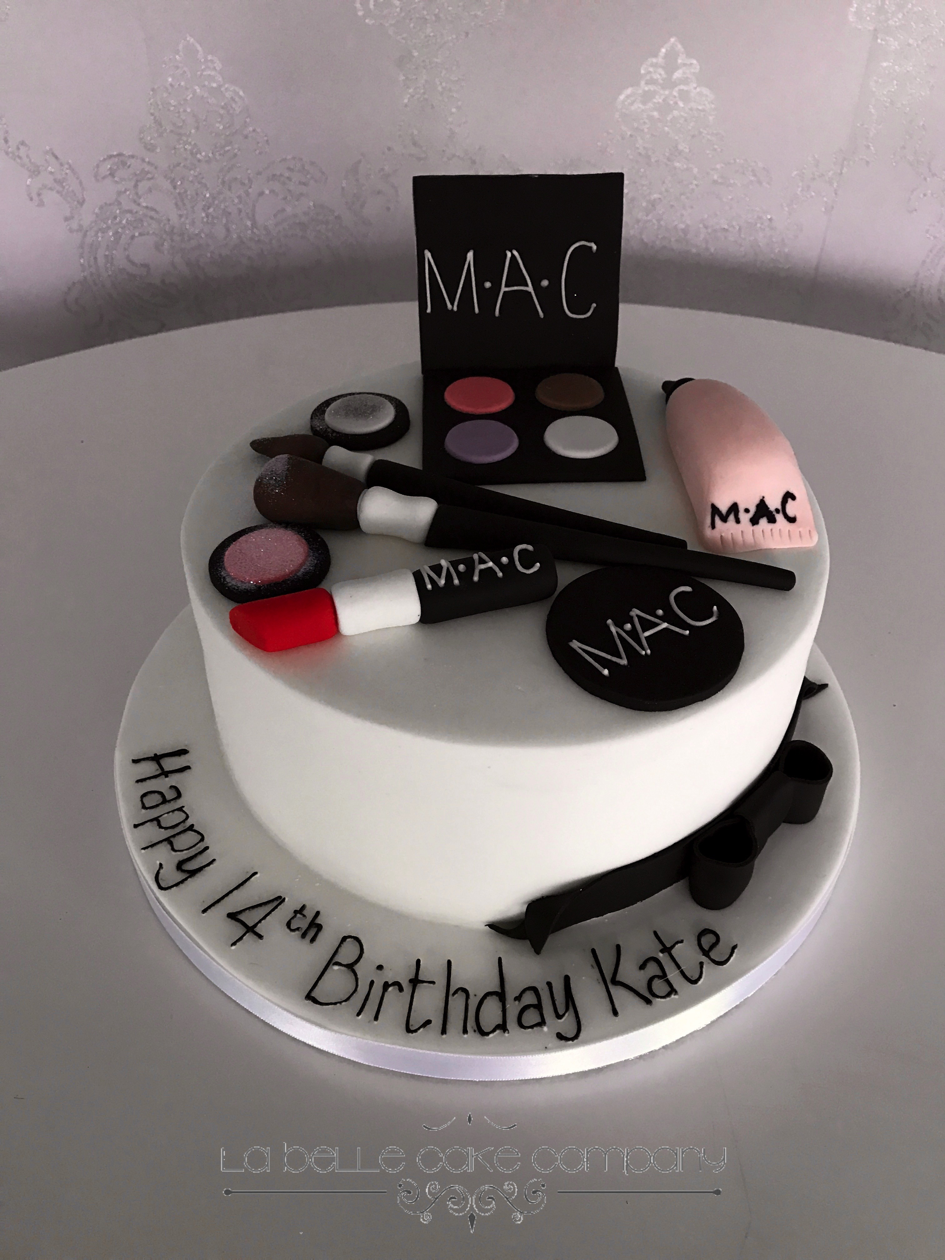 One Tier Mac Makeup Female Birthday Cakes Bedfordshire, Hertfordshire, London and Buckinghamshire
