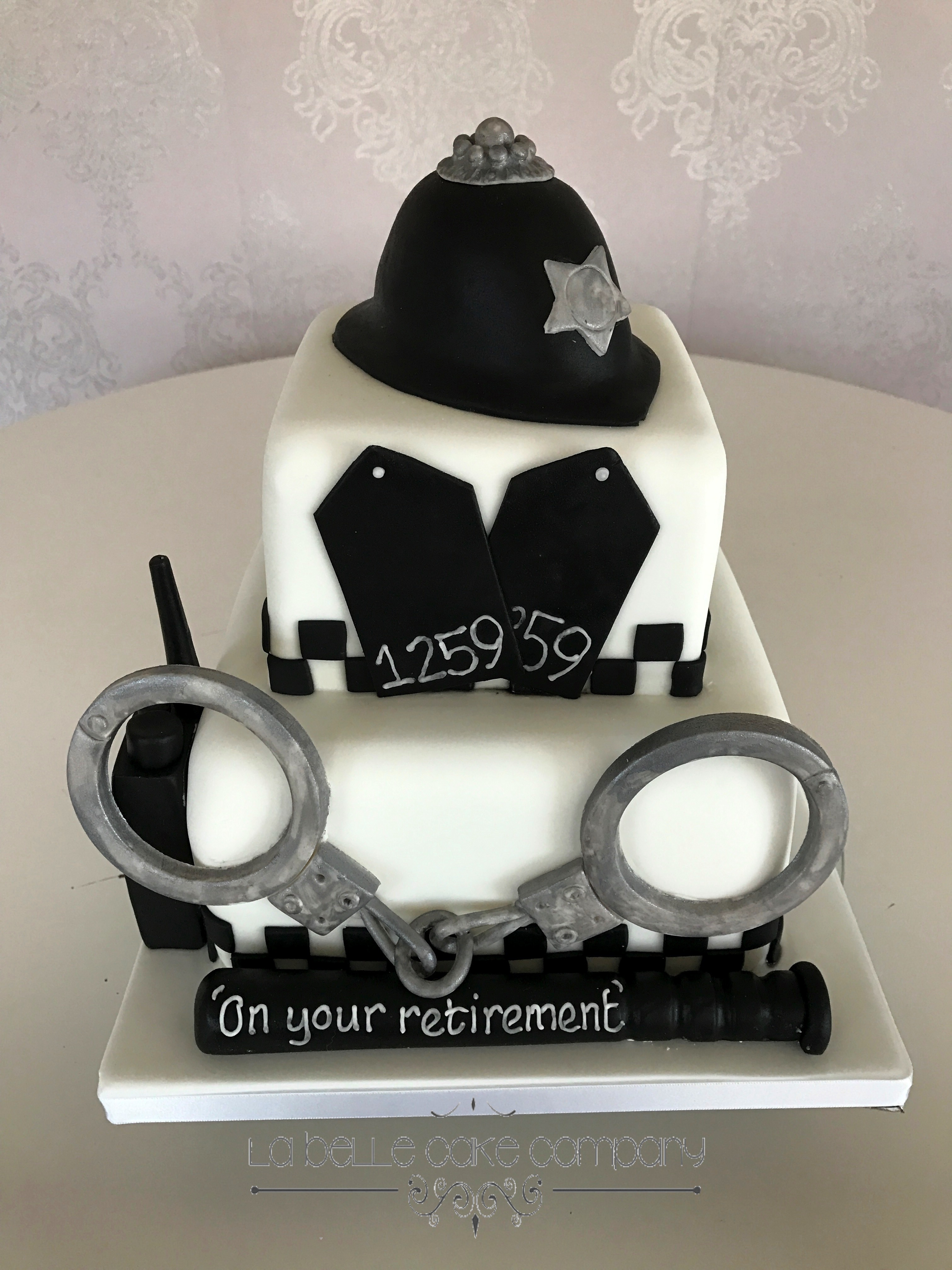 Policeman Retirement Cake Male Birthday Cakes Hertfordshire Bedfordshire Buckinghamshire London